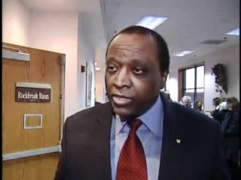 ALAN KEYES WAS RIGHT ON ABOUT OBAMA.  A MUST WATCH. Black, White, Left or Right......we are AMERICANS......please watch and educate yourselves!