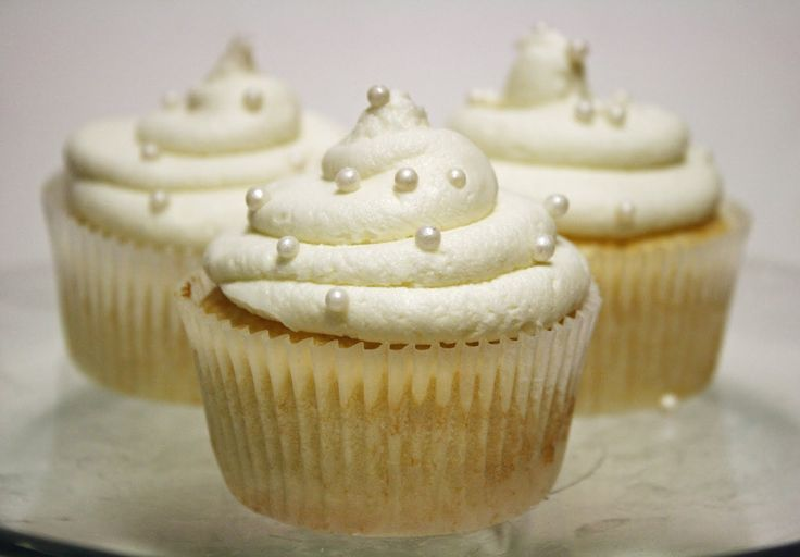 White Almond Sour Cream Cake Recipe. This is white cake recipe is also known as WASC or wedding cake!