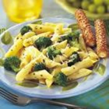 Broccoli and Garlic Penne Pasta: Basil Leaves, Garlic Penn, Grateful Parmesan Cheese, Pasta Allrecipescom, Wheat Pasta, Vegetables Broth, Broccoli Penn, Penne Pasta, Penn Pasta Recipe