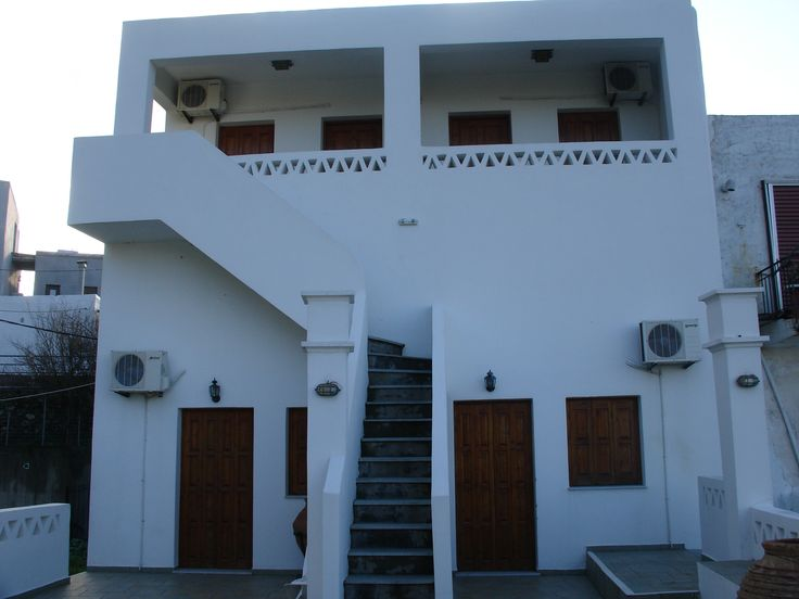 Our Melagonia apartments are in the Skyros village. Twin shared apartments are included in our holiday price. Single upgrades are available.