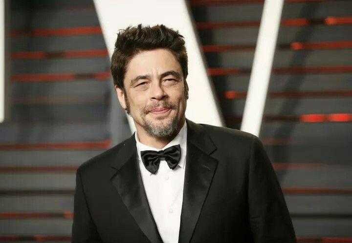 Originalmente, Benicio del Toro era el actor que le daría vida a Darth Maul. Del Toro rechazó la oferta por la falta de diálogo. El actor español ahora saldrá deThe Last Jedi, el octavo episodio de la saga.