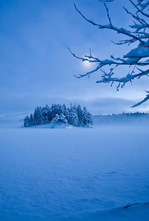 Frozen Lake Island, Skitur, Sweden