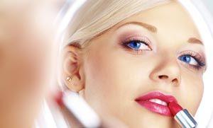 9 κόλπα ομορφιάς που κάνουν τη ζωή… πιο εύκολη!
