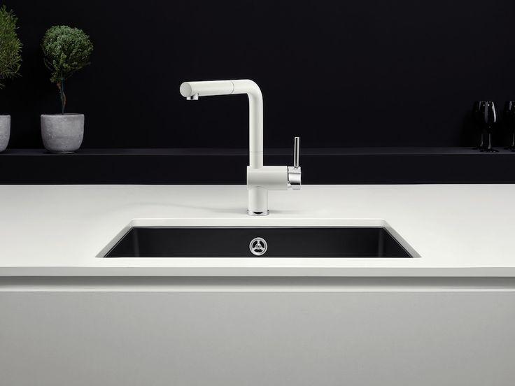 Blanco keukenkraan LINUS-S Black & White Editie - Product in beeld - Startpagina voor keuken ideeën   UW-keuken.nl
