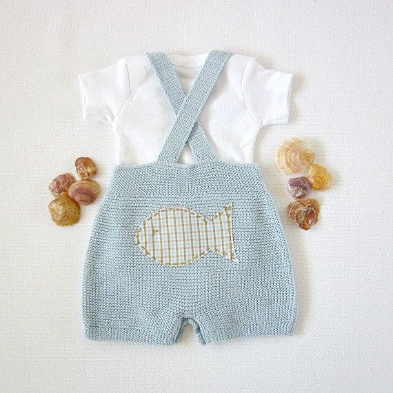 Knitted+shorts+with+straps+in+soft+blue+with+fishes