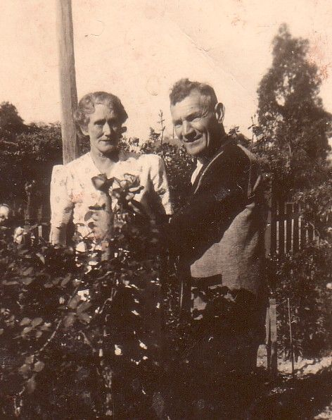 Minnetta and Oscar Dent #familyhistory