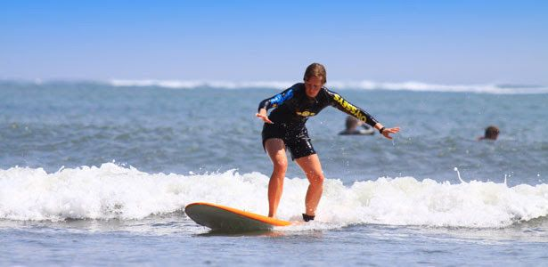 Bali Surf Travels: Surfing Lessons