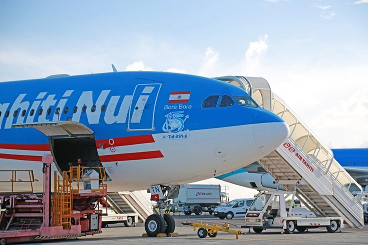 Air Tahiti Nui airlines flight: Tahiti to Los Angeles