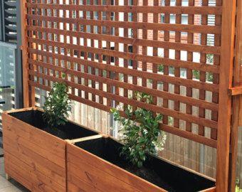 Artículos similares a Pantalla del divisor madera privacidad / enrejado de lamas horizontales en Etsy