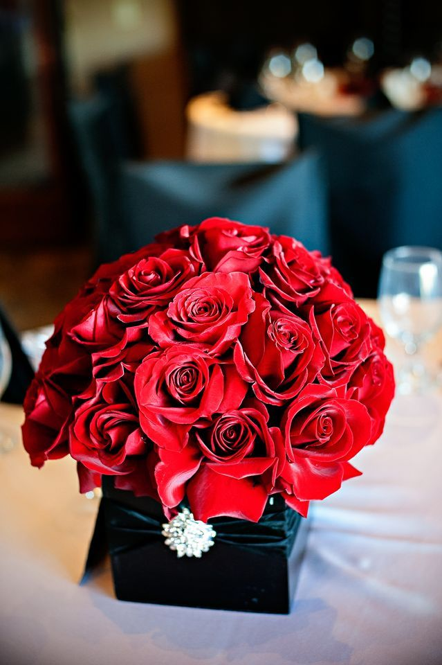 Red & black centerpiece.
