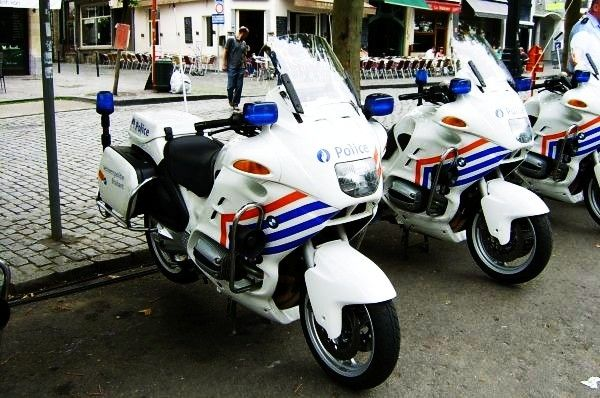 Bmw police bike police vehicles in belgium wikipedia the free encyclopedia bmw r850rt p - Garage moto bmw belgique ...