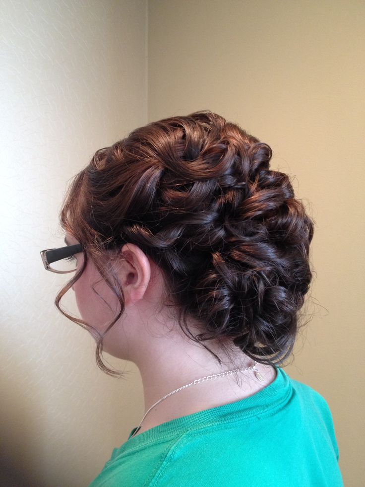 Short hair updo style
