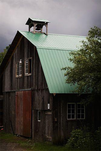 Barn | storm's comin | Flickr - Photo Sharing!