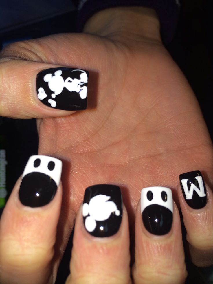 482 best disney nails images on pinterest disney nails art nail black and white mickey mouse nail art design prinsesfo Gallery