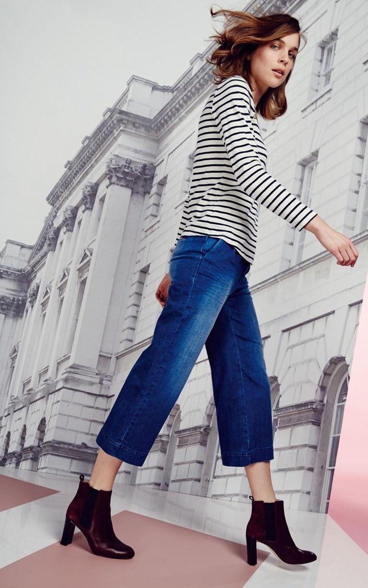 Stripes and denim. Ultimate style crushing! #fbloggers #fashionbloggers #fashion #monochrome