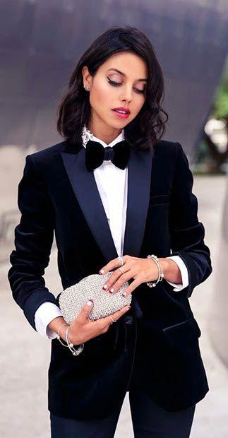 Velvet Suit Outfit Idea for Women
