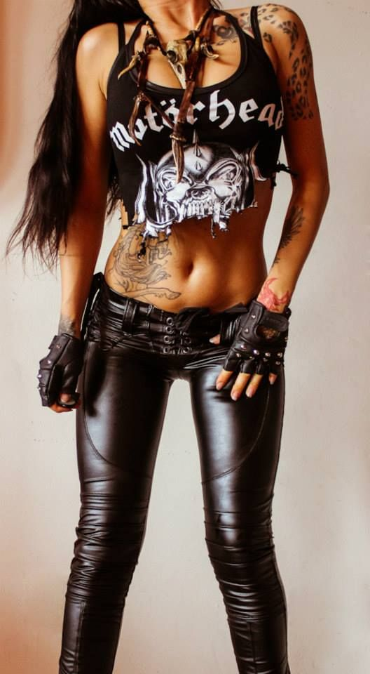 hottest heavy metal chicks dating