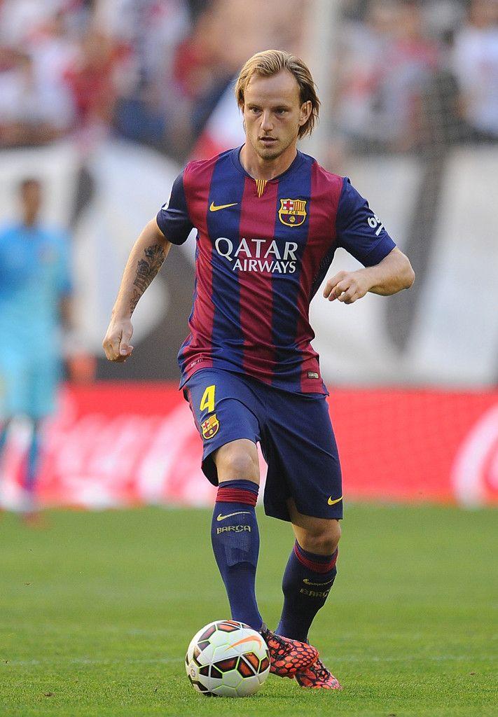 ... Sec Ivan Rakitic of FC Barcelona in action during the La Liga match  between Rayo Vallecano de ... 8fc88948e3c