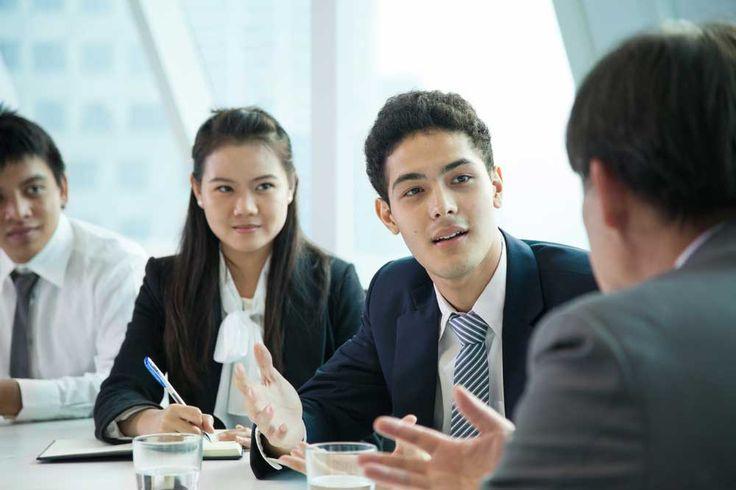 Bekerja keras saja ternyata tidak cukup untuk meningkatkan karirmu. | Ruang Psikologi