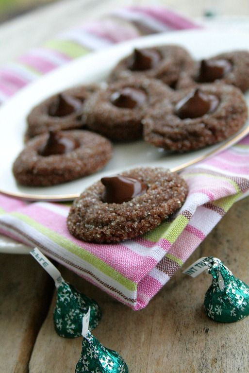 Cocoa Mint Truffle Kiss Cookies | Christmas Recipes | Pinterest