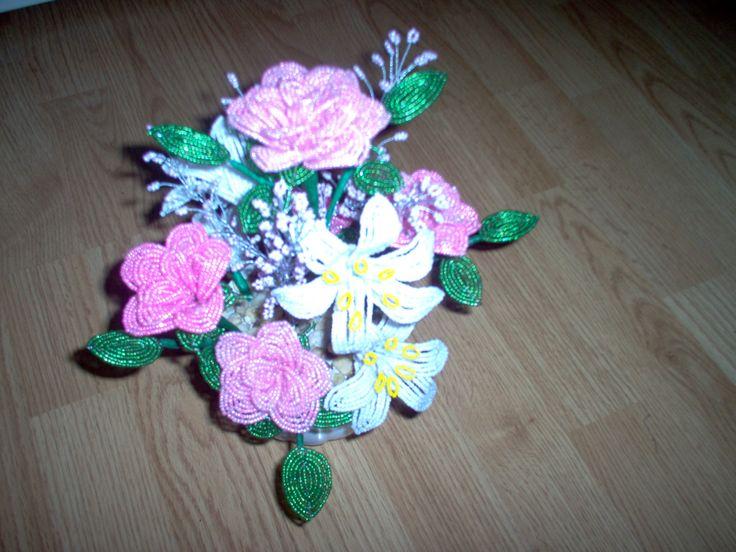 rózsa-liliom asztaldísz
