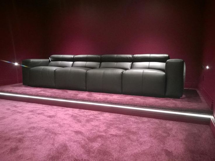 Good A 4 Seater 78cm Seats Binari In Black Leather. All Four Seats Are Electric  Recliners