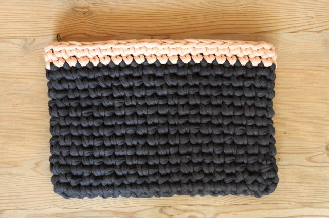 YARNFREAK: Clutch i Zpagetti