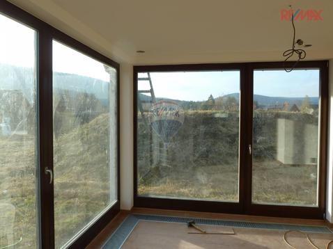 Nabídka / Prodej / Novostavba dvoupodlažního rodinného domu s terasou a garáží | Realitypro.eu
