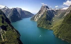 movies including lord of the rings, the hobbit, avatar and narnia were filmed in new zealand