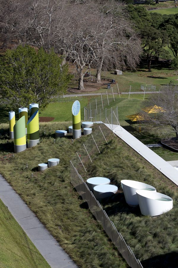 Prince Alfred Park Pool.     Neeson Murcutt Architects.     does a support need…