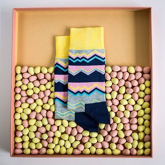 Spring has finally sprung: Photography/art directing/styling collaboration by @calverphotography @malinotmalm @elim_chu for @happysocksofficial #happinesseverywhere #socks #minieggs #spring