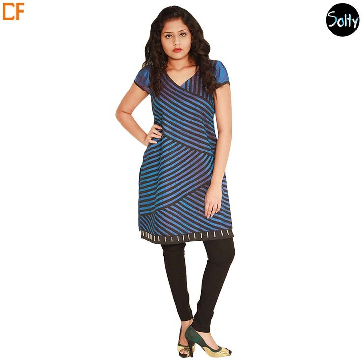 Blue printed kurti in rose silk material with a V-shaped neckline, puffs sleeves and slits at the side. Silk is an extremely soft, luxurious fabric that is at once versatile and durable. Stripes throughout on the front panel in a block pattern which created a very trippy pattern and tie-up detail at the back. http://www.droomfashion.com/shop/brands-kurtis/blue-printed-rose-silk-kurti/