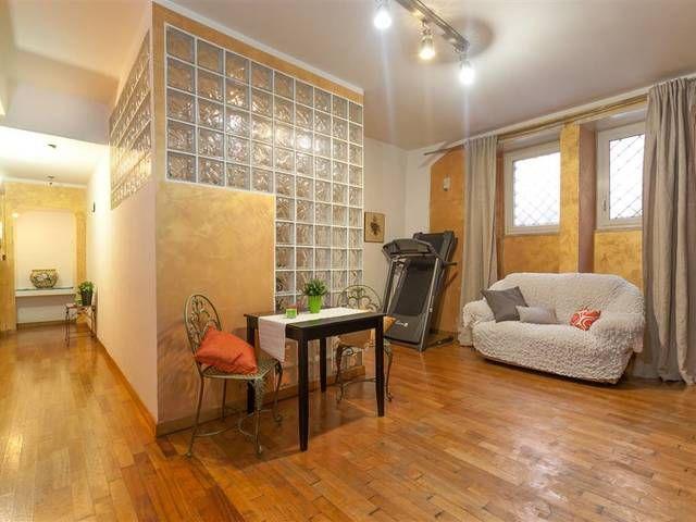 17 migliori idee su seminterrato cucina su pinterest for Camera matrimoniale e piani bagno