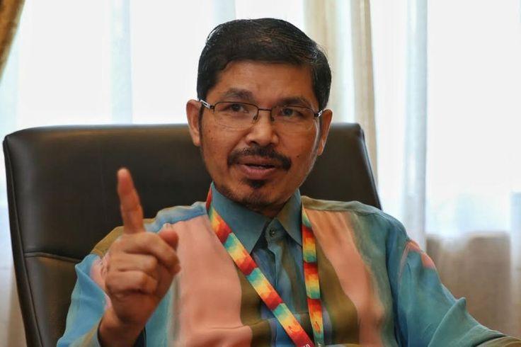 Pendapatan isi rumah bulanan 2016 naik berbanding 2014   Dr Mohd Uzir Mahidin menyatakan tujuh negeri merekodkan pendapatan isi rumah bulanan penengah yang melebihi paras nasional.  Foto oleh Saw Siow FengPUTRAJAYA 9 Okt  Pendapatan isi rumah bulanan penengah rakyat Malaysia meningkat 6.6 peratus kepada RM5228 pada 2016 daripada RM4585 pada 2014 demikian menurut ketua perangkawan Malaysia Dr Mohd Uzir Mahidin.  Beliau berkata pendapatan isi rumah bulanan purata bagi Malaysia pula meningkat…