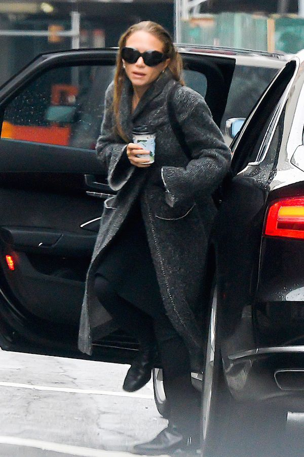 Olsens Anonymous Blog Mary Kate Olsen Twins Style Black Grey Layer Layered Oversized Cardigan The Row Oliver Peoples Sunglasses Ankle Slit Pants Leather Boots
