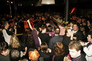 Guide to Vancouver Nightlife Districts - Best Bars & Nightlife in Vancouver, BC