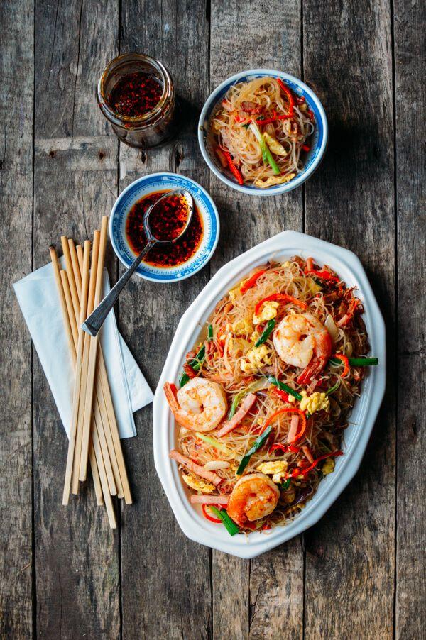 Xiamen Mei Fun Rice Noodles - The Woks of Life