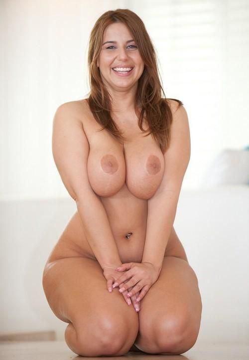 thick full figured nude girls