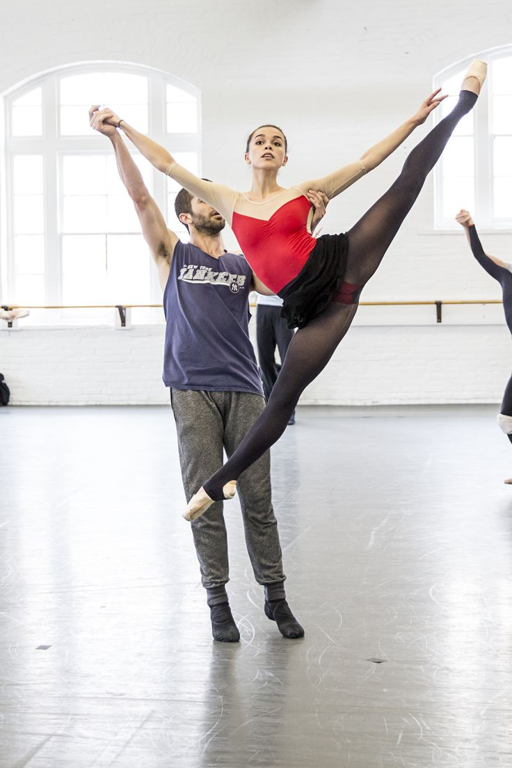 Balletmet dancers gabriel gaffney smith and arielle