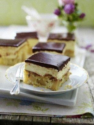 Jablkový  koláč s krémom  a  s  čokoládou