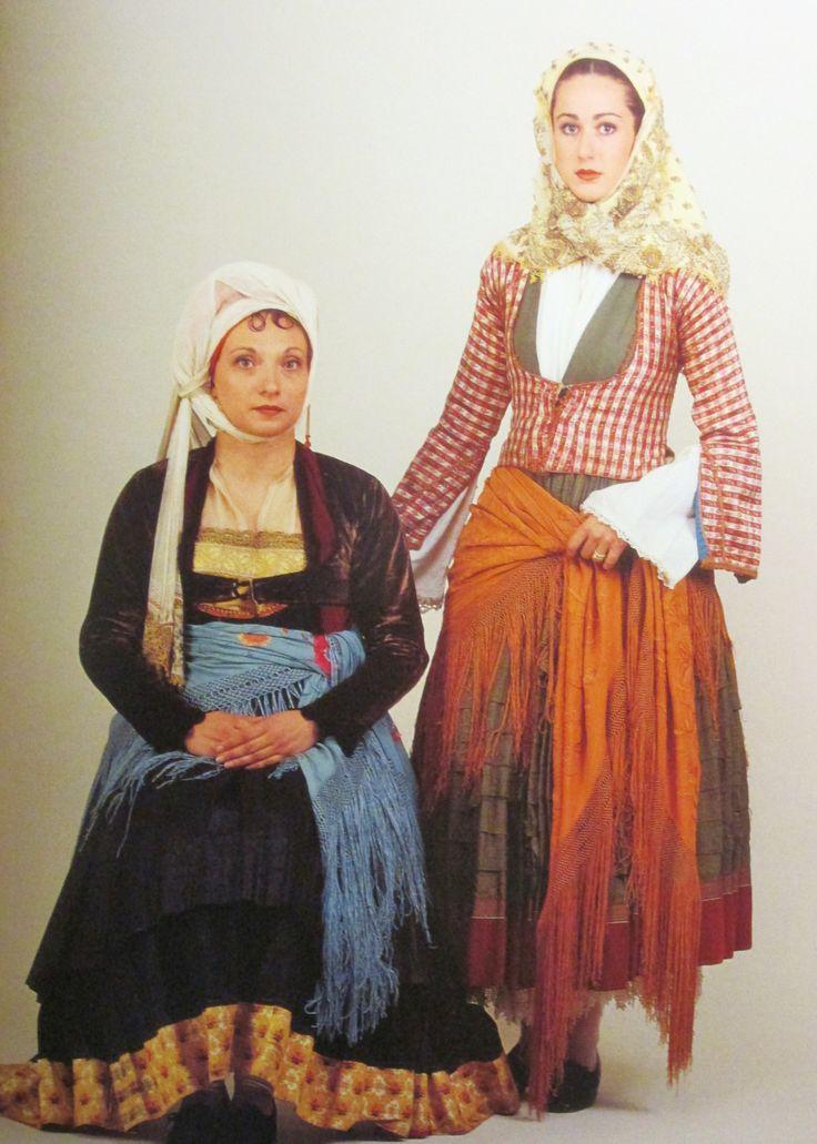 Παραδοσιακες φορεσιες των Ψαρων και της Υδρας/Traditional  folk costumes from Psara and Ydra island, Greece