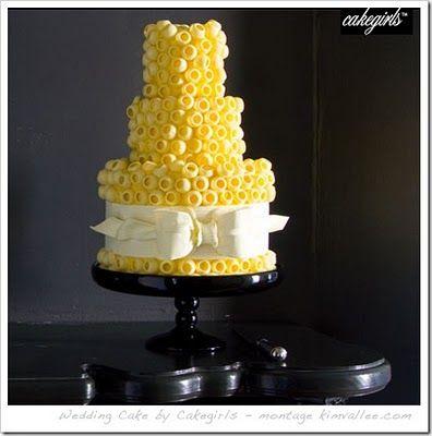 cakegirls: Yellow Flowers, Yellow Wedding Cakes, Yellow Weddings, Wedding Ideas, Cakes Decor, Flowers Cakes, Yellow Cakes, Circular Texture, Cakes Wedding