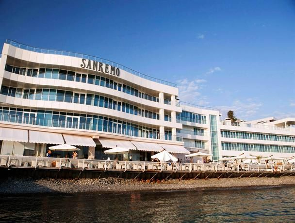 OopsnewsHotels - Sanremo. Featuring a swimming pool and a private beach, Sanremo is a luxurious base in Sochi. It has a spa and wellness centre, as well as a terrace, a concierge and an airport shuttle.   The hotel features modern rooms equipped with heating.