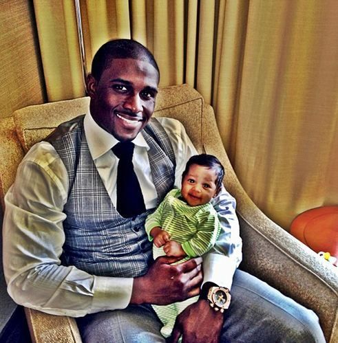 Reggie Bush and His Daughter...