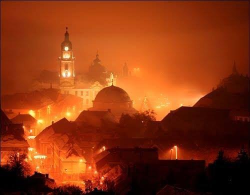 Fénykép: Bonne semaine de Pécs! http://www.budapestvoyage.fr/decouvrir-la-hongrie/pecs