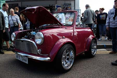 older mini coopers | Mini Cooper – A very Bling Bling Pimped out cars