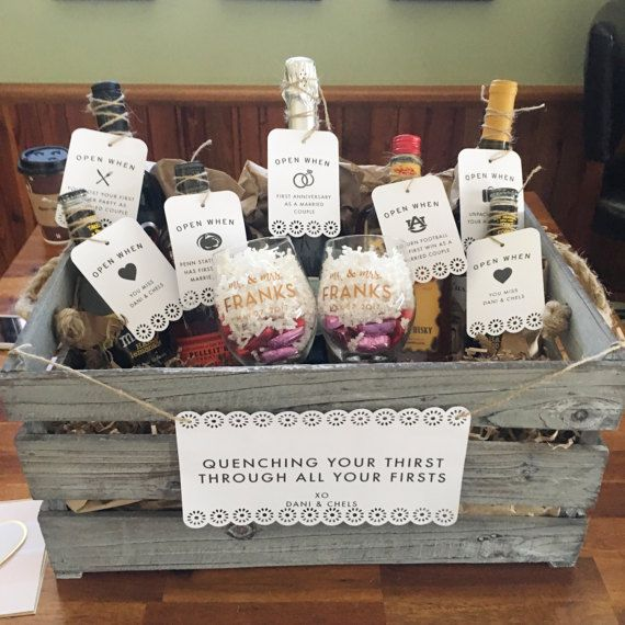 Gift Basket For Bride And Groom Wedding Night: 25+ Best Ideas About Alcohol Gifts On Pinterest