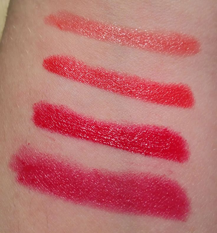 Swatches from Annabelle Cosmetics TwistUp Retractable Lipstick Crayon - Glamourous Reds  http://faestina.blogspot.ca/2013/10/annabelle-cosmetics-twistup-retractable_3827.html