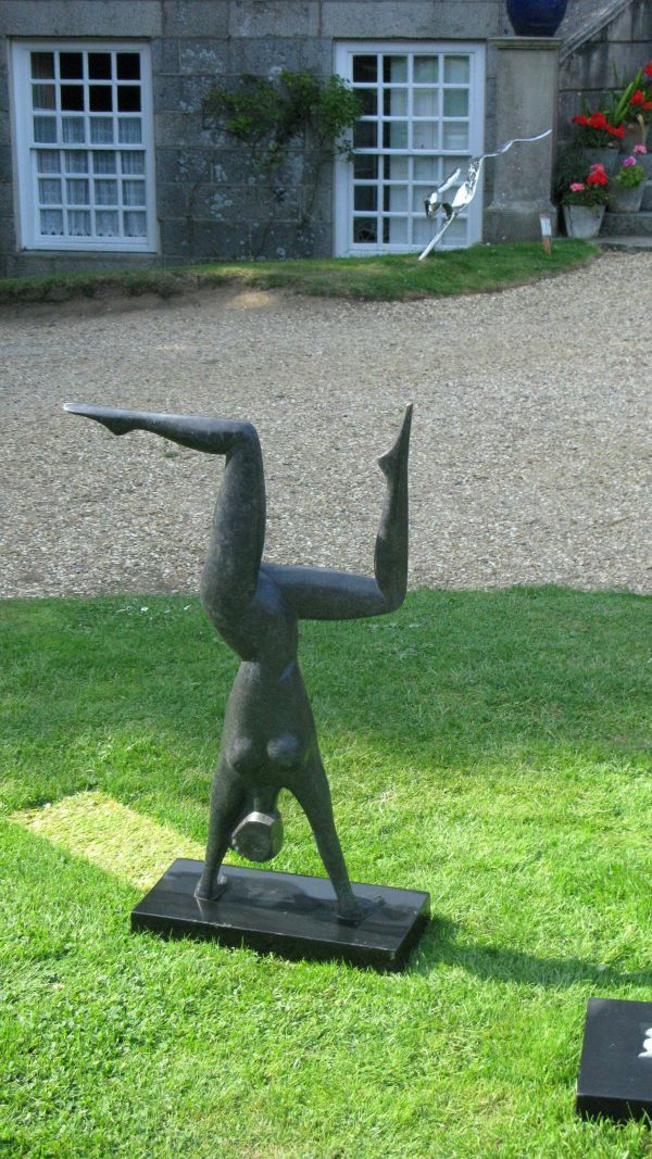 Nude female acrobats-5144
