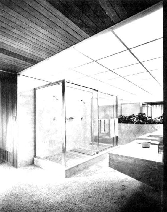 Vista del baño principal, 'Hilltop House', Casa Newton Bass, Apple Valley, California, EEUU. 1960  Arq. Francisco Artigas  Foto. Maynard L Parker -   View of the master bathroom, 'Hilltop House', Newton Bass house, Apple Valley, California, USA 1960